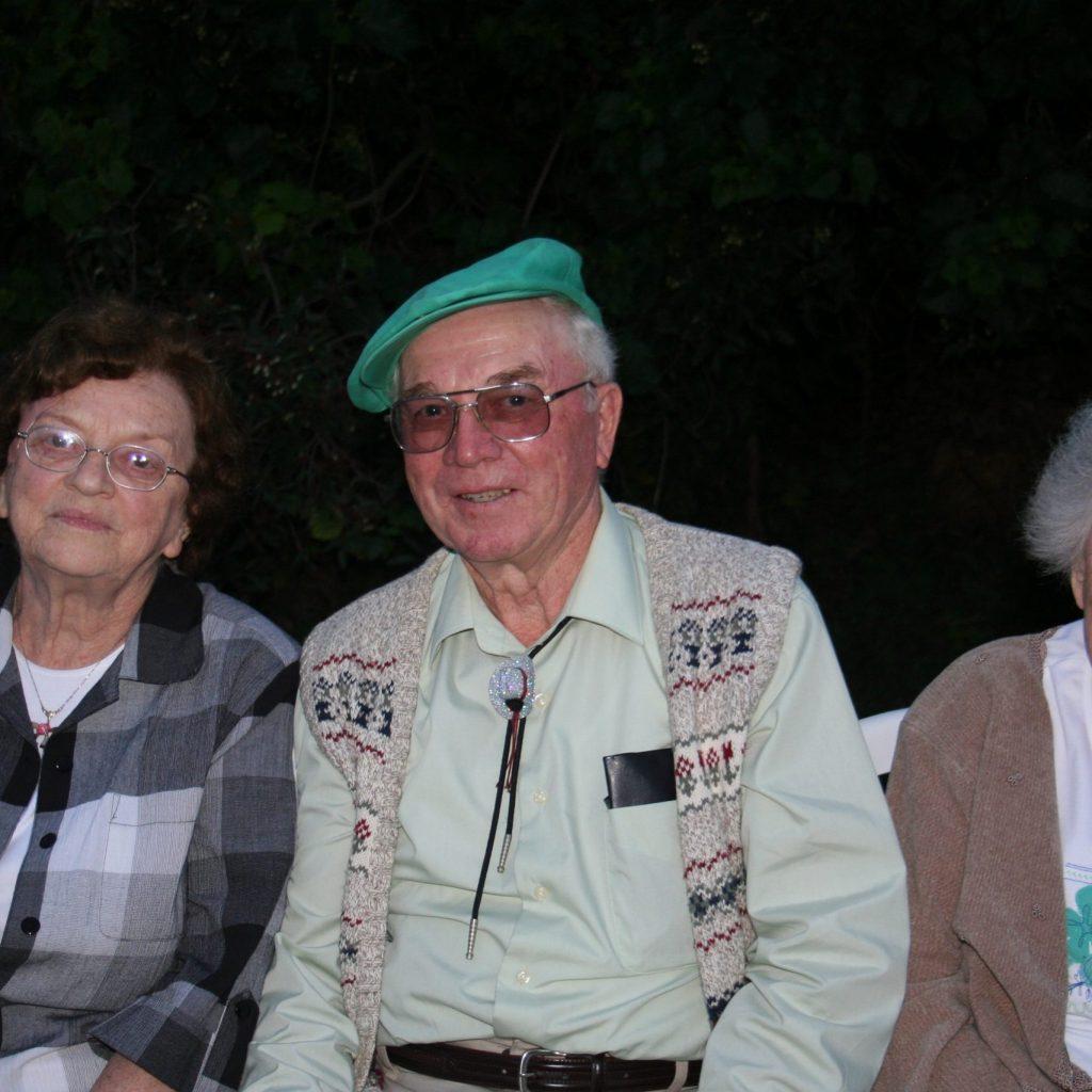 Dad's 80th Birthday - 08-26-2006 054
